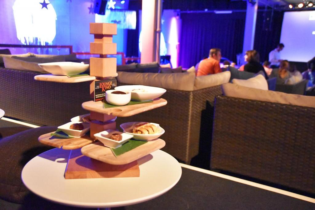 lounge-kino_dessert etagere