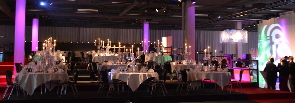firmenevent_firma_event_kino_cinema_mieten_vermietung_lounge_kino_exklusiv_firmenfeier